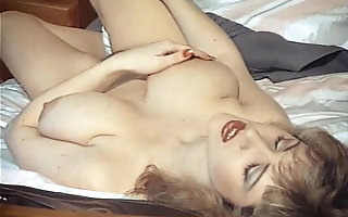 EROTIC DAYDREAMS - fruit British beamy Bristols looker teases