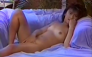 Joe Elliott's Asian university Girls 1